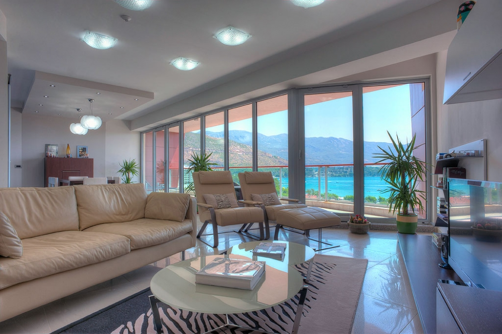 Three bedroom apartment in Budva