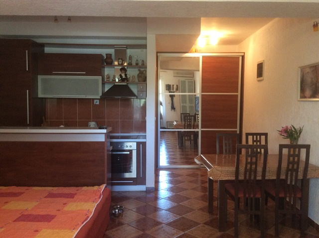 Studio apartment n Budva