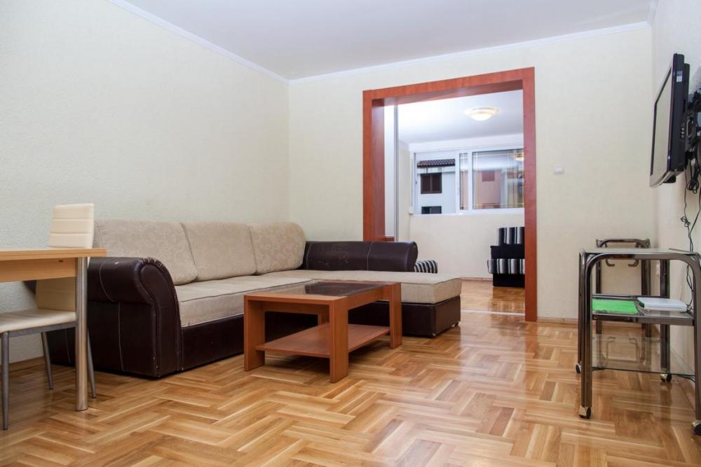 Two studio apartment in Budva