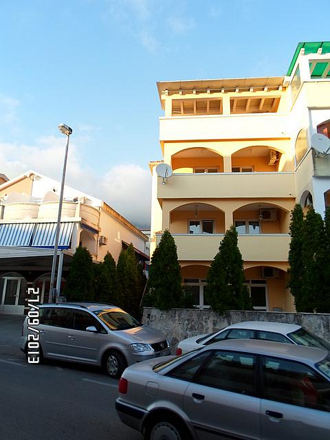 Mini hotel in the center of Budva
