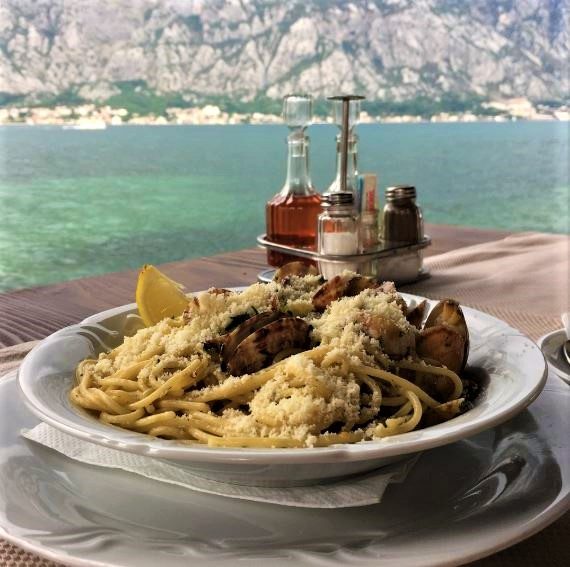 Poslovni prostor , Prcanj , Prodaja | Cozy Restaurant On The Kotor Bay