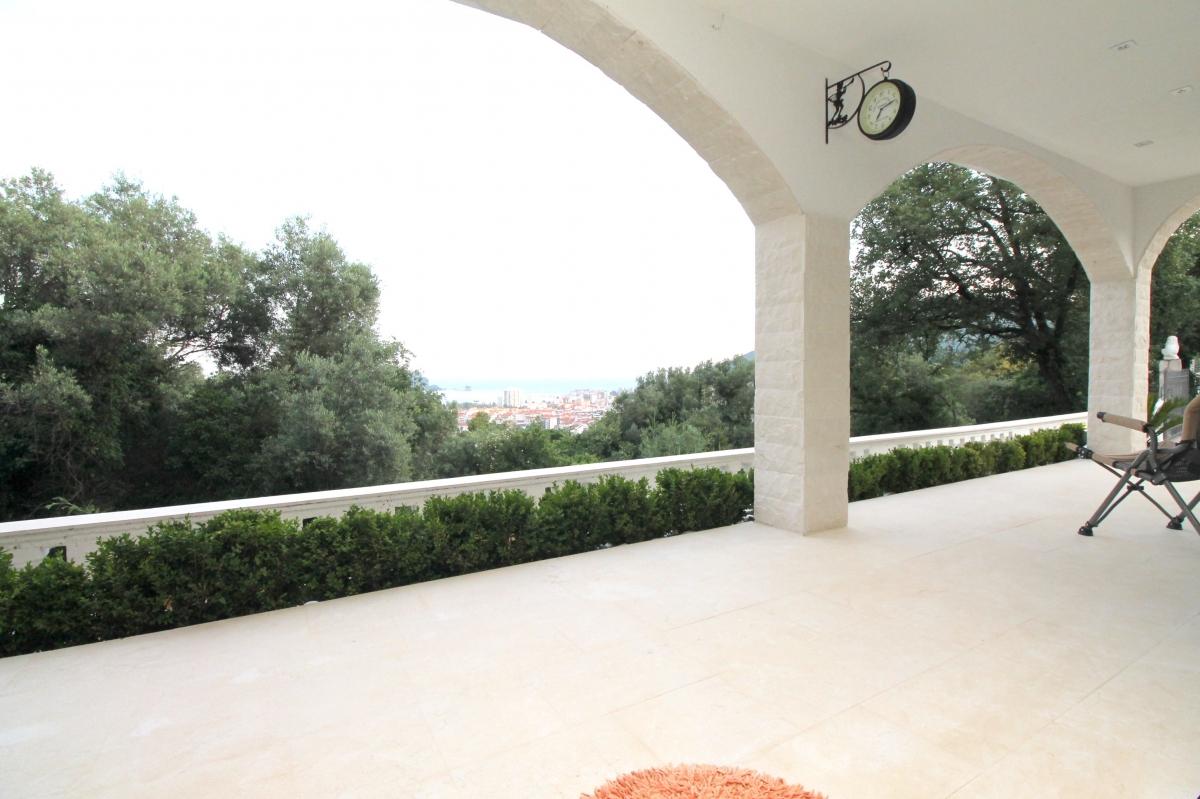 Kuća , Krasici , Prodaja   Villa In Krasici