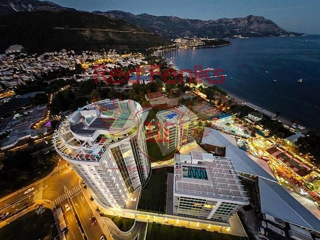 Apartments in the complex on the first line in Budva