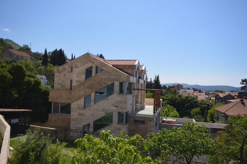 Super luxury Villa near the sea Tivat