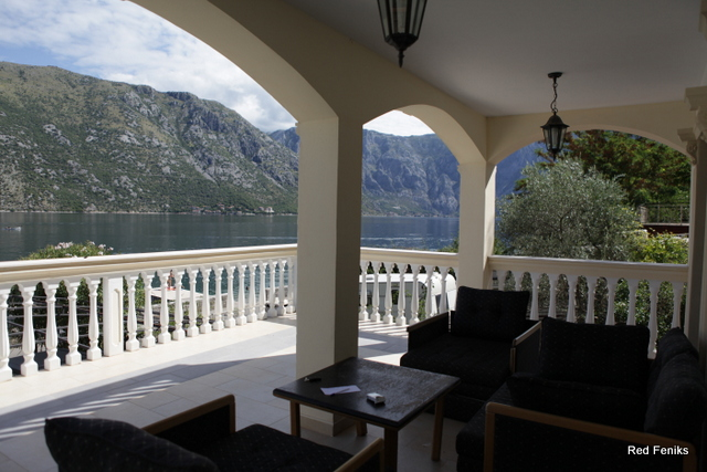 Magnificent villa on the first line in Stoliv