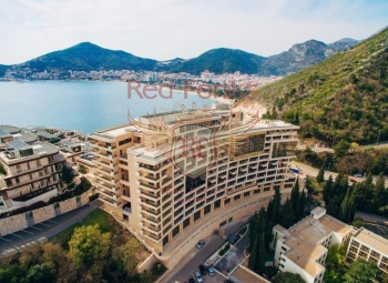 Investment opportunities with a guaranteed rental income, serviced apartments for sale, Montenegro, Budva Spacious bright apartment in a new complex, in Becici.