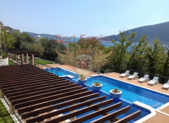 An excellent apartment for sale in a complex with a large territory, located in the green area of the Tolpa microdistrict.