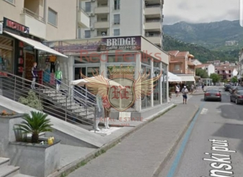 Commercial premises for sale with equipment for a boutique in Mainski Put.