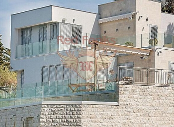 For sale elegant, modern villa of lux сlass, located on the first line in the village of Krasici.
