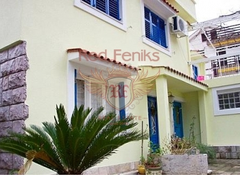 For sale villa with seven apartments in Becici is located on a plot of 600 sqm.