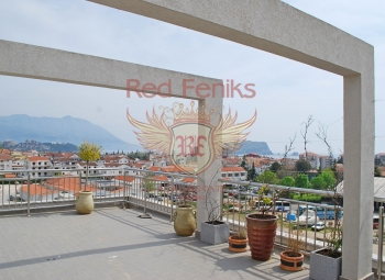 A spacious apartment of 80m2 plus a 35m2 terrace is located in Budva.
