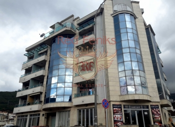 For sale commercial space 101 sqm in Budva.