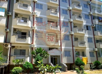 For sale is a Studio apartment in a modern house with an Elevator in the area of Rosino( city center).