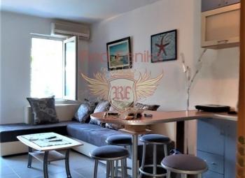 For sale studio apartment in Budva, Gospotina Studio lokated on the 1st floor .