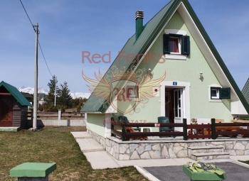 For sale beautiful house in Zabljak.