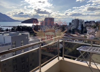 Prodaje se jednosoban stan povrsine 51m2 , na 6 spratu zgrade koja posjeduje lift i koja se redovno odrzava.