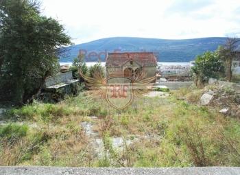 Prodaje se urbanizovan plac od 360m2 u živopisnom selu Đenovići.