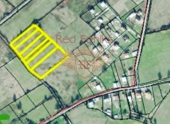For sale two plots each 3 500m2 between Podgorica and Danilovgrad.