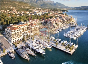 For sale new exclusive facility in the luxurious Porto Montenegro complex, just 150 meters from the sea.