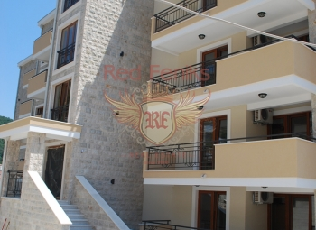 For sale one bedroom apartment in Petrovac Apartment located on the 3d floor.