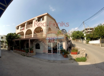 For sale operating hotel in Susanj.