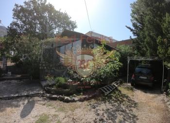 Bar, Ratac Na prodaju mala kuća od 35 m2.