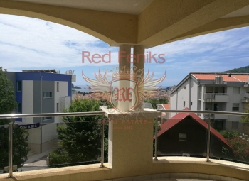 For sale spacious bright apartment with an area of 89m2 is located in Budva, Lasi.