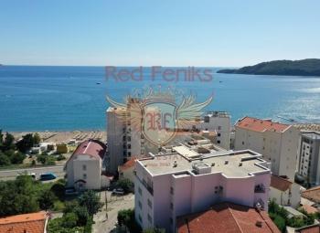 Na prodaju novi rezidencijalni kompleks u Bečićima Kompleks se nalazi na malom brežuljku i zato se iz svih apartmana pruža predivan pogled na more i Sv.