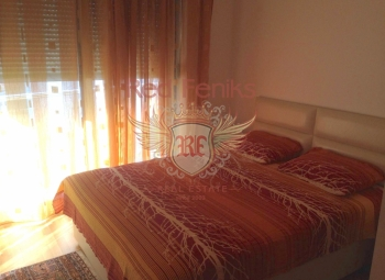 Apartment for sale with 1 bedrooms in Baosici, Herceg Novi, MontenegroIt consists of 2 bedrooms, living room-kitchen, bathroom.