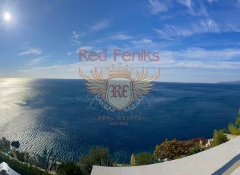 Rezevici'de site içinde satılık tek yatak odalı daire Daire denize sadece 50 metre mesafededir.