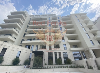 Hotel residences for sale in Montenegro, Becici Hotel- Apartment in a luxury complex on a sandy beach!!! Rental income 7-10% per one years!!!! Reliable investment in high-end luxury real estate!!! Level from 1 till 7: One Bedroom apartments 42.
