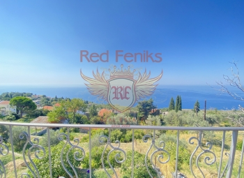 For sale beautiful stone house in Rezevici Area of the house 200m2.