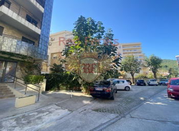 For sale is a commercial space of 45 sqm.