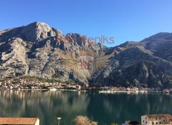 Karadağ (Kotor, Muo village) 'da 2 yatak odalı satılık daire, Tivat havaalanından - 10 km.