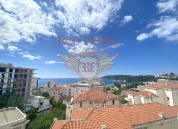 Na prodaju jednosoban stan u Bečićima sa panoramskim pogledom na more.
