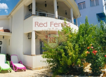 Cozy house for sale 900 m from the sea in the village of Dobrye Vody, Barskaya Riviera.
