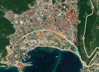 For sale urbanized plot in Budva for the construction of a building.