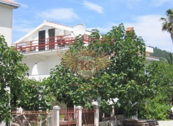 For sale 3 houses in the center of Budva, Montenegro.