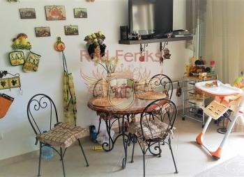 Na prodaju dvoetažni stan sa dve spavaće sobe ukupne površine 81m2 u Đenovićima.