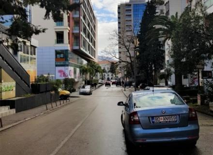 Budva Merkezde Ofis, Karadağ da satılık işyeri, Karadağ da satılık işyerleri, Budva da Satılık Hotel