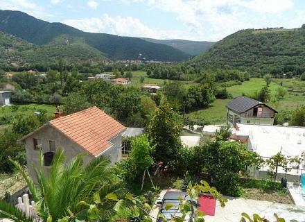Zelenika'da güzel ev
