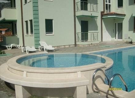 Zelenika'da Apartman Dairesi, Baosici dan ev almak, Herceg Novi da satılık ev, Herceg Novi da satılık emlak