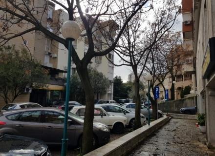 Budva Merkezde Ofis, montenegro da satılık otel, montenegro da satılık işyeri, montenegro da satılık işyerleri