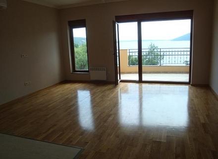 Zelenika'da Apartman Dairesi, Montenegro da satılık emlak, Dobrota da satılık ev, Dobrota da satılık emlak