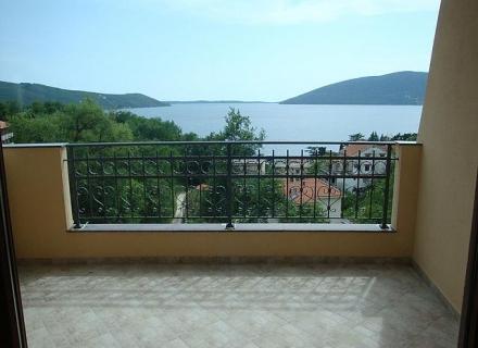 Zelenika'da Apartman Dairesi, Dobrota da satılık evler, Dobrota satılık daire, Dobrota satılık daireler