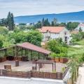 Yeni kompleks Tivat'ta bulunuyor.
