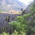 Montenegro Sahilinde Kotor Körfezinde Tarihi Yapı Kalıntısı, Karadağ da satılık havuzlu villa, Karadağ da satılık deniz manzaralı villa, Dobrota satılık müstakil ev