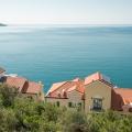 Lustica yarımadasında lüks kompleks, becici satılık daire, Karadağ da ev fiyatları, Karadağ da ev almak