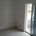 Petrovac'ta üç odalı bir daire, Montenegro da satılık emlak, Becici da satılık ev, Becici da satılık emlak