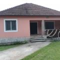 Danilovgrad'da büyük bir arsa ile satılık ev, Karadağ satılık ev, Karadağ satılık müstakil ev, Karadağ Ev Fiyatları